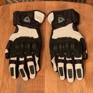 REV'IT Sand Motorcycle Gloves